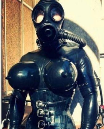 Goth Rubberdoll From Hell (1)